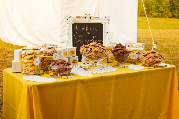 yellow-white-cookie-buffet-table